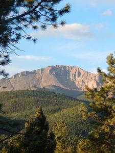 Pikes Peak 6:30 a.m.