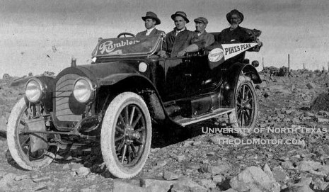 1913 - An early Rambler hill climbs to Pikes Peak.